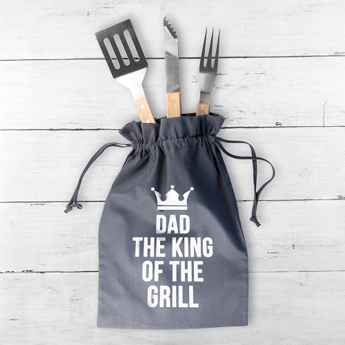 With summer around the corner he'll be firing up and grilling the BBQ in no time! Keep his BBQ accessories safe and dust-free, clean and out of reach from grabby hands in this handy gun grey bag. The individual tools measure:- spatula, 37 cm x 7.2cm x 1.5cm fork, 36cm x 3.3cm x 1.5cm tongs, 35cm x 2.5cm x 1.5cm with the bag measuring 44 x 30 cm.  Personalise the BBQ bag with his name.