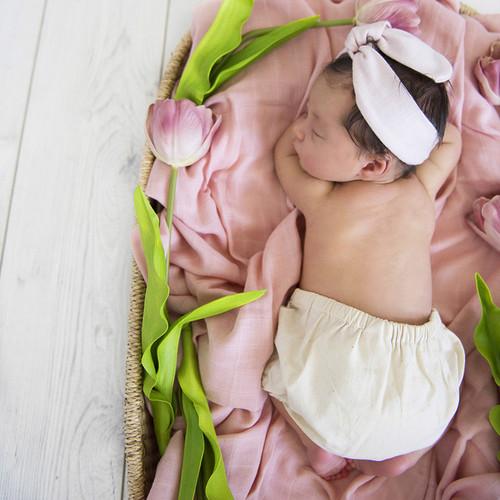 Snuggle Hunny Kids - Musk Pink Organic Muslin Wrap
