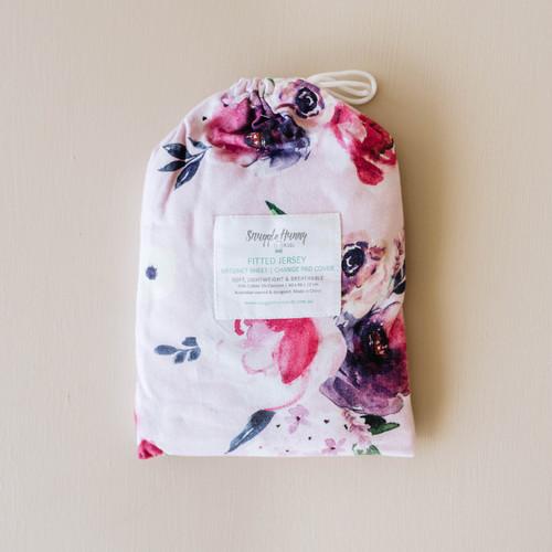 Snuggle Hunny Kids - Floral Kiss | Bassinet Sheet / Change Pad Cover
