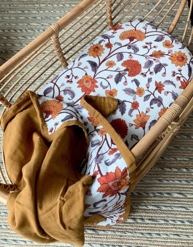 Pop Ya Tot - Buti Block Muslin bassinet Sheet