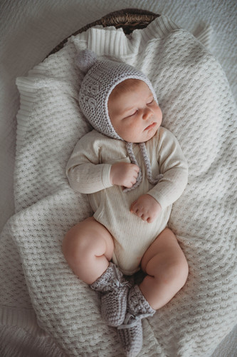 Snuggle Hunny Kids - Grey Merino Wool Bonnet & Booties