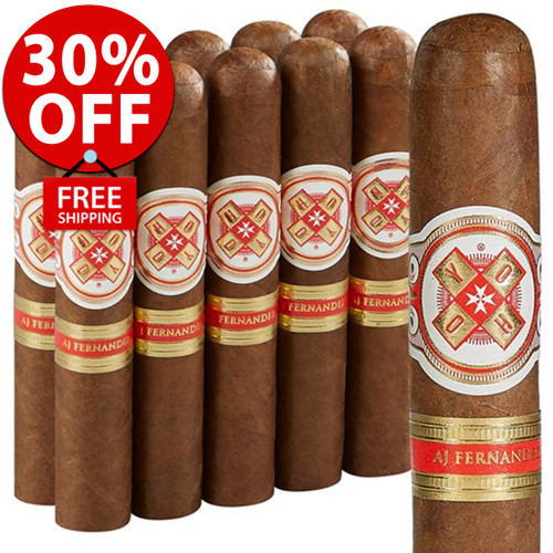 Hoyo La Amistad Gold Robusto (5.5x52 / Pack 10) + 30% OFF! + FREE SHIPPING ON YOUR ENTIRE ORDER!