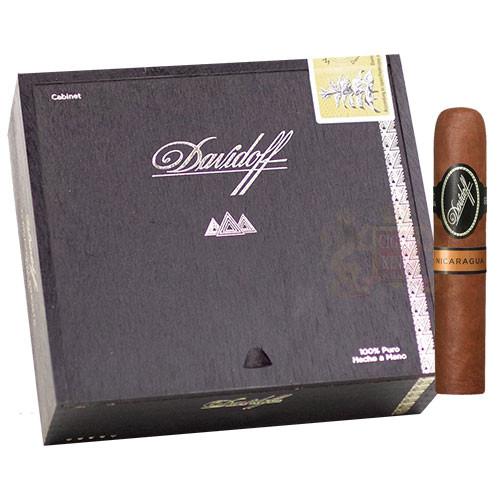 Davidoff Nicaragua Short Corona (3.75x46 / Box 14)