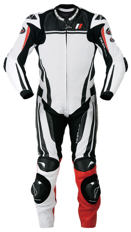 A new NEXUS-II pattern suit that has evolved from the NEXUS pattern. The mobility is further improved by increasing the size of the side shirring and improving the pattern of each part. Equipped with original CE protectors on shoulders, elbows and knees. A new shape aero pad that balances aerodynamic characteristics and riding superiority at a high level can be equipped with a separately sold camel bag (water bottle / ¥ 4,300 + tax). *Grommet installation will be charged separately. (Grommet installation/¥2,000+tax)  ●Material: <Front> Horus cowhide (fluorine treatment), Zylon knit <Back> 100% polyester (mesh) ●Color: ① Black ② White ● Size: M, M/L, M/LL, L/M, L, L/LL, L/2W, L/3W, L/XL, LL/L, LL, LL/XL, LL/2W, LL/3W, XL/LL, XL ●Specifications: <Clavicle, armpit (removable) , Waist, coccyx> K foam plus <shoulder, elbow, knee> CE protector (LEVEL1) <back> corrugated transform <sleeve, inner thigh, knee back, collar> large zylon knit <lining> washable removable type ● Knit specification patent: PAT2602201 ● MFJ official standard leather suit ● MATERIALS: <OUTER> HOLSTEIN, ZYLON KNIT <INNER> POLYESTER MESH100% (DETACHABLE, WASHABLE) ● PROTECTIONS: <CLAVICLE, SIDE(DETACHABLE), LOWER BACK, COCCYX> K -FOAM PLUS <SHOULDERS,ELBOWS,KNEES>CE PROTECTOR <BACK BONE> WAVE-PATTERNED TRANS-FOAM ●COLORS: ①BLACK ②WHITE JAPANESE SIZES:M,M/L,M/LL,L/M,L,L/LL,L /2W,L/3W,L/XL,LL/L,LL,LL/XL, LL/2W,LL/3W,XL/LL,XL PATENT#:2602201 MFJ APPROVED SUIT.