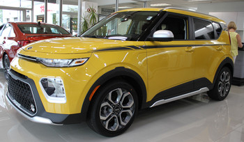 front angle of yellow AWESOME! NEW Kia Soul Stripe Package OVERSOUL 2020-2021