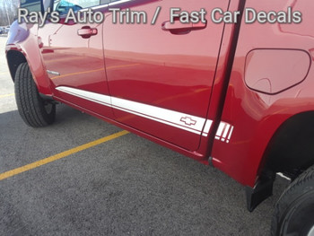 side angle of red 2019 Chevy Colorado Extended Cab Stripes RATON 2015-2021