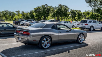 side of gray 2014 Dodge Challenger Body Kit BELTLINE 2008-2019