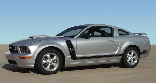 side of 2007 Mustang GT Hood FASTBACK 2 2005 2006 2007 2008 2009