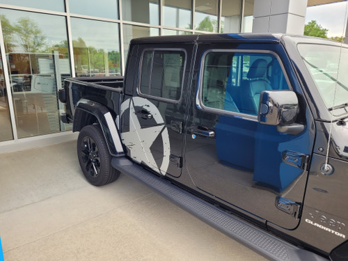 passenger side of 2021 Jeep Gladiator Side Door Star Stripes LEGEND SIDE KIT 2020-2021