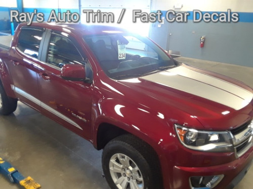 side of red 2018 Chevy Colorado Hood Graphics SUMMIT HOOD 2015-2020
