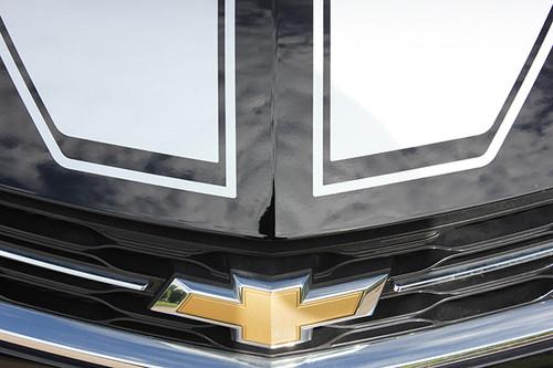 close up hood 2018 Chevy Cruze Racing Stripes DRIFT RALLY 2016-2019