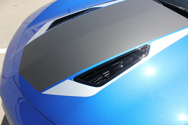 close up of hood 2017 Chevy Camaro Wide Center Decals 3M HERITAGE 2016-2018