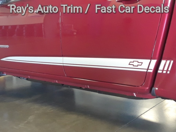 close up red Chevy Colorado Side Vinyl Graphics RATON 3M 2015-2018 2019
