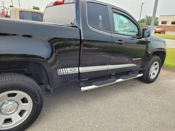 side of black 2019 Chevy Colorado Extended Cab Stripes RATON 2015-2021