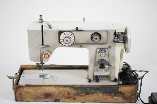 Nelco Sewing Machine Thumbnail