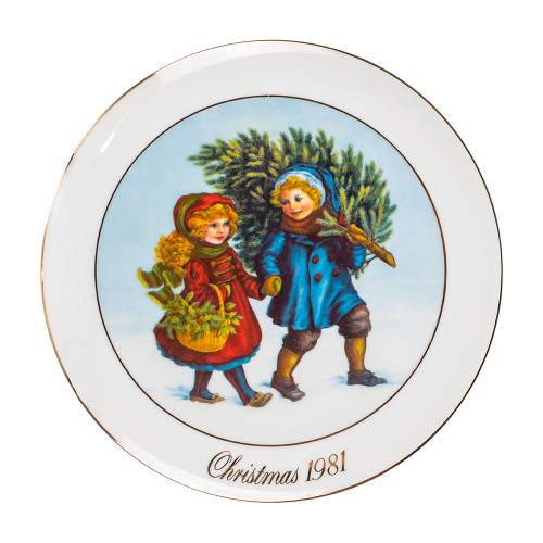 """""""Sharing the Christmas Spirit"""" Collectible Decorative Plate Thumbnail"""