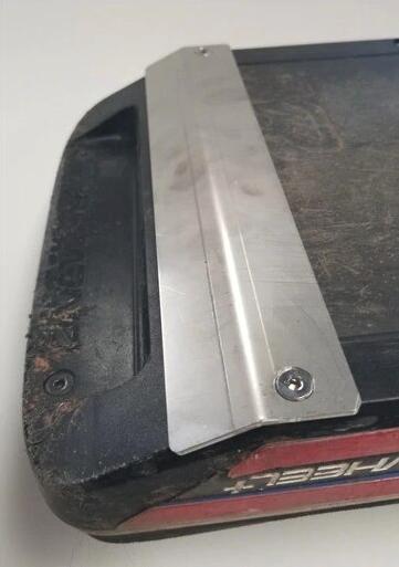 JK Floating Stainless Steel Wear Plate Installed on Onewheel