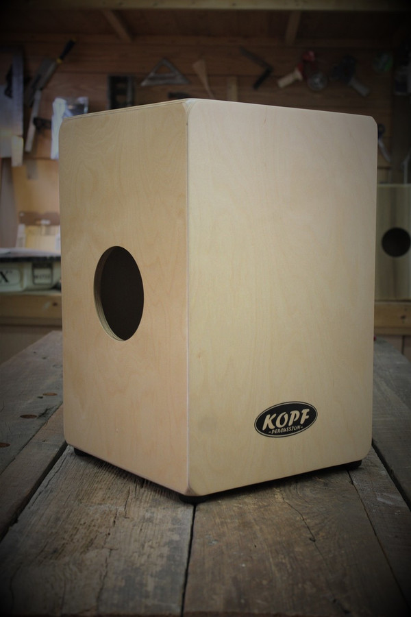 Kopf Percussion Novato Student Cajon sound port view.