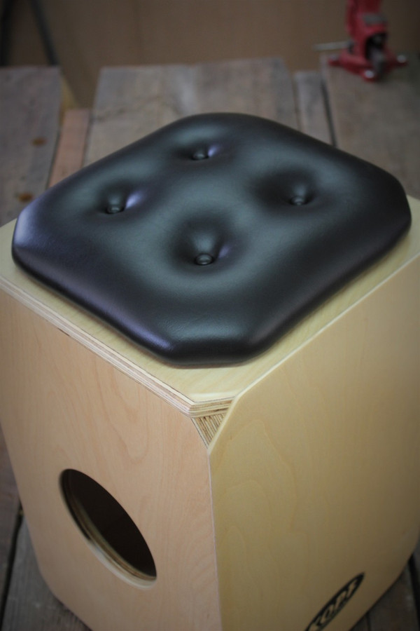 The DeUno has been voted the Best Cajon Drum in the Birch Series.