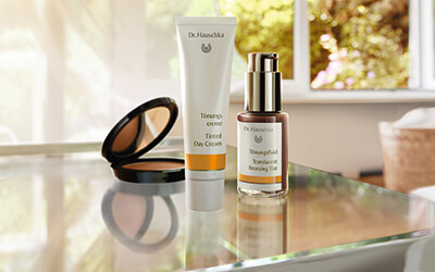 Dr. Hauschka Cover & Conceal