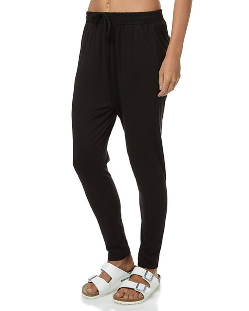 betty_basics_jade_pant_black_lamisaru_boutique