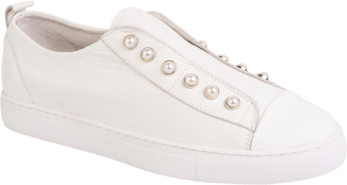 Hinako cream/ white toe pearl sneaker. Lamisaru Boutique