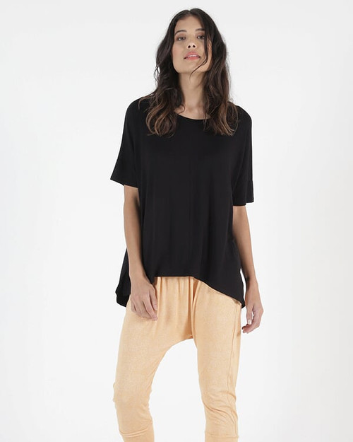 Betty Basics Cambridge Tee_lamisaru_boutique