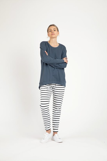 Betty _Basics _Dolly_ Sweat _Indi_ Blue_lamisaru_boutique