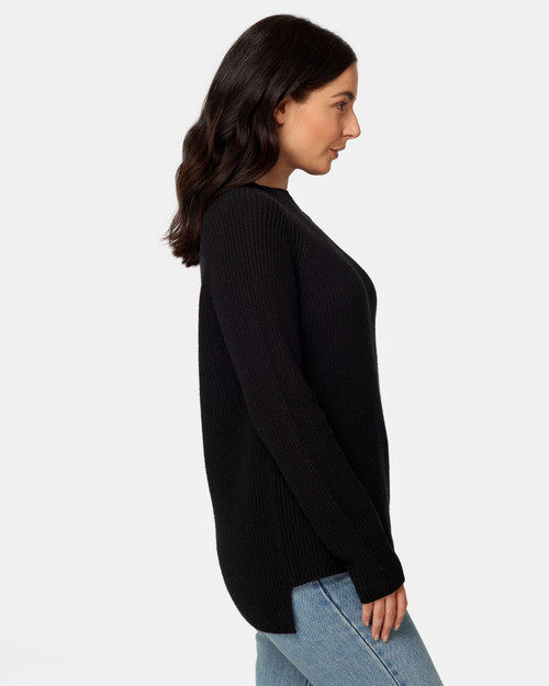 Maxted _Ruby _Funnel_ Neck_ Black_lamisaru_boutique