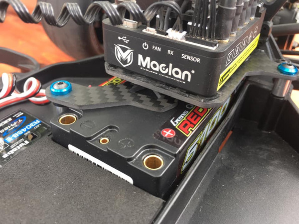 Quick Change Battery Hold Down for Team Associated DR10