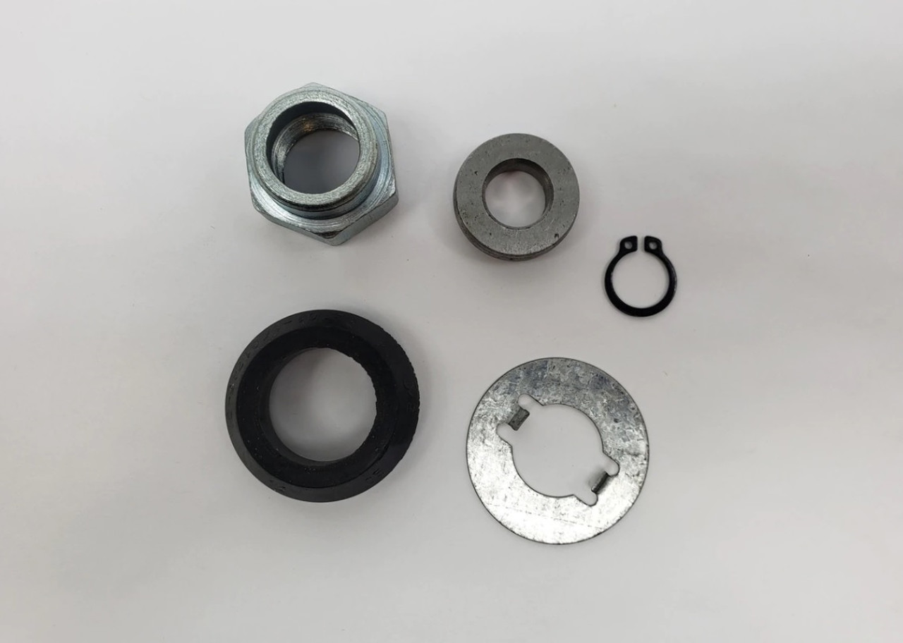 Transmission rear output yoke nut kit - Includes the driveshaft yoke rubber seal FIAT 124 Spider, Sport Coupe, Spider 2000 and Pininfarina - 1968-1985 - Auto Ricambi