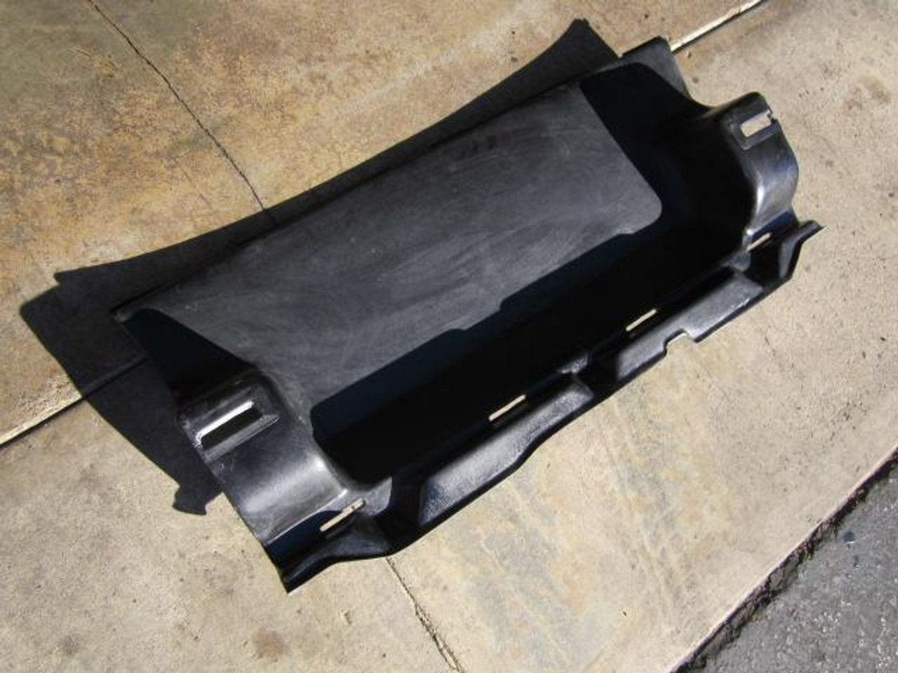 Pininfarina style rear rear seat back panel insert Similar to the one installed on the 1983-1985.5 Spiders FIAT 124 Spider, Spider 2000 and Pininfarina - 1966-1985 - Auto Ricambi