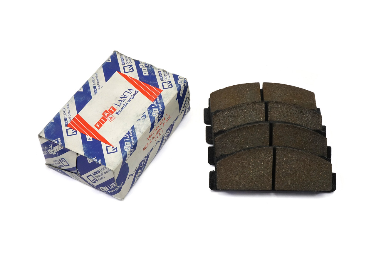 FIAT front brake pad set - NOS  FIAT 124 Spider, Sport Coupe, Spider 2000 and Pininfarina 1968-1985 (except Pininfarina 1985 1/2) - Auto Ricambi