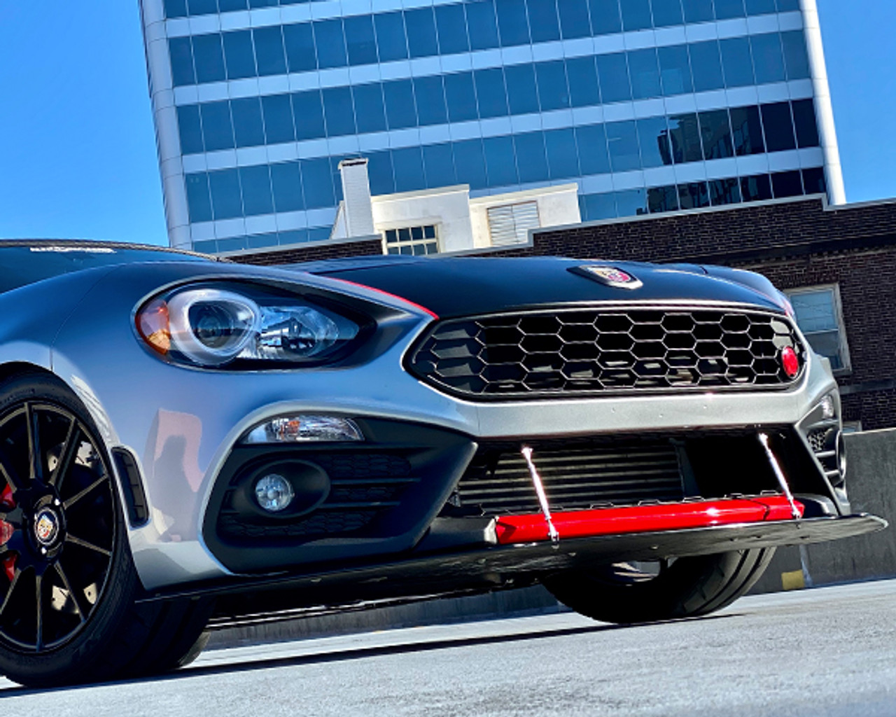 2017-on 124 Spider APR Performance Front Splitter - Carbon Fiber