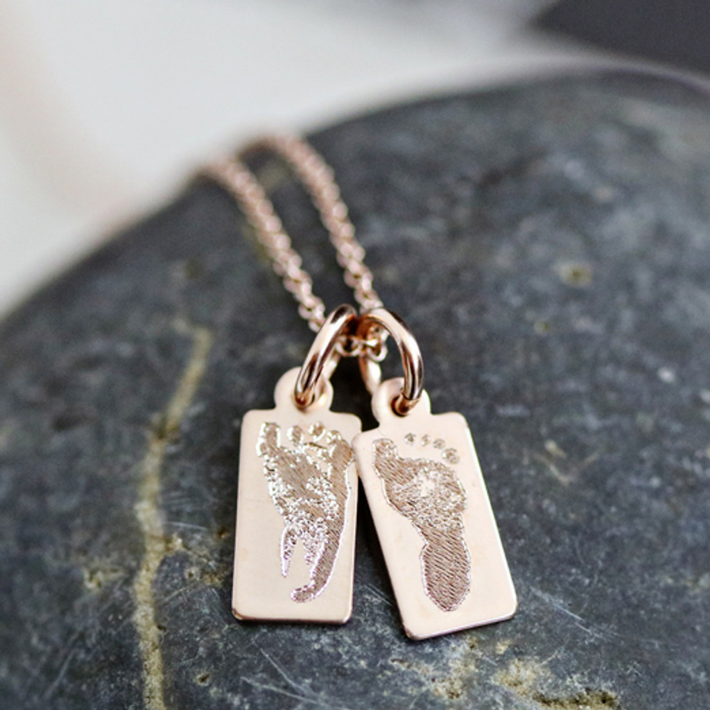 Footprint Mini Tag necklace. Rosegold fill. Fine cable chain.