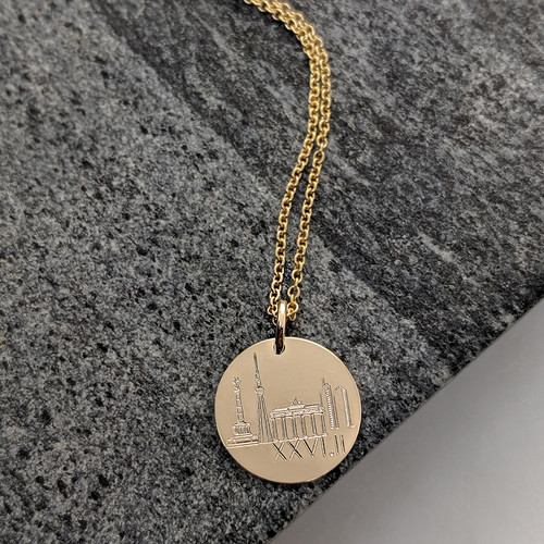 Berlin Marathon engraved necklace. Shown in gold fill  on cable chain.
