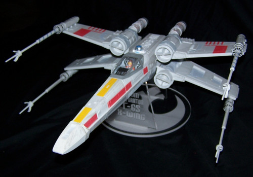 Revell 1/29 X-wing stand