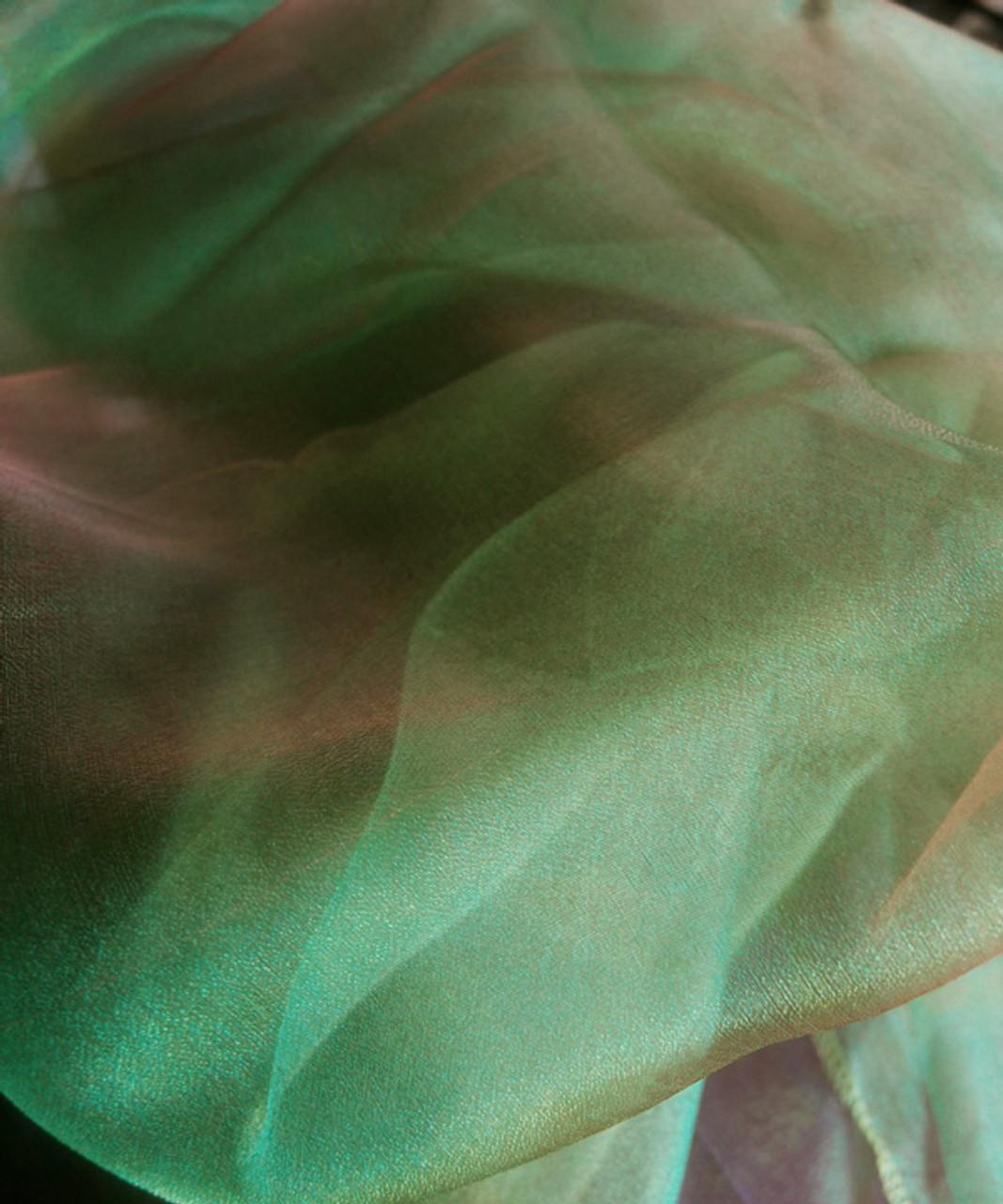 """Green/Red Two-tone Organza Sheet 54"""" x 108"""""""