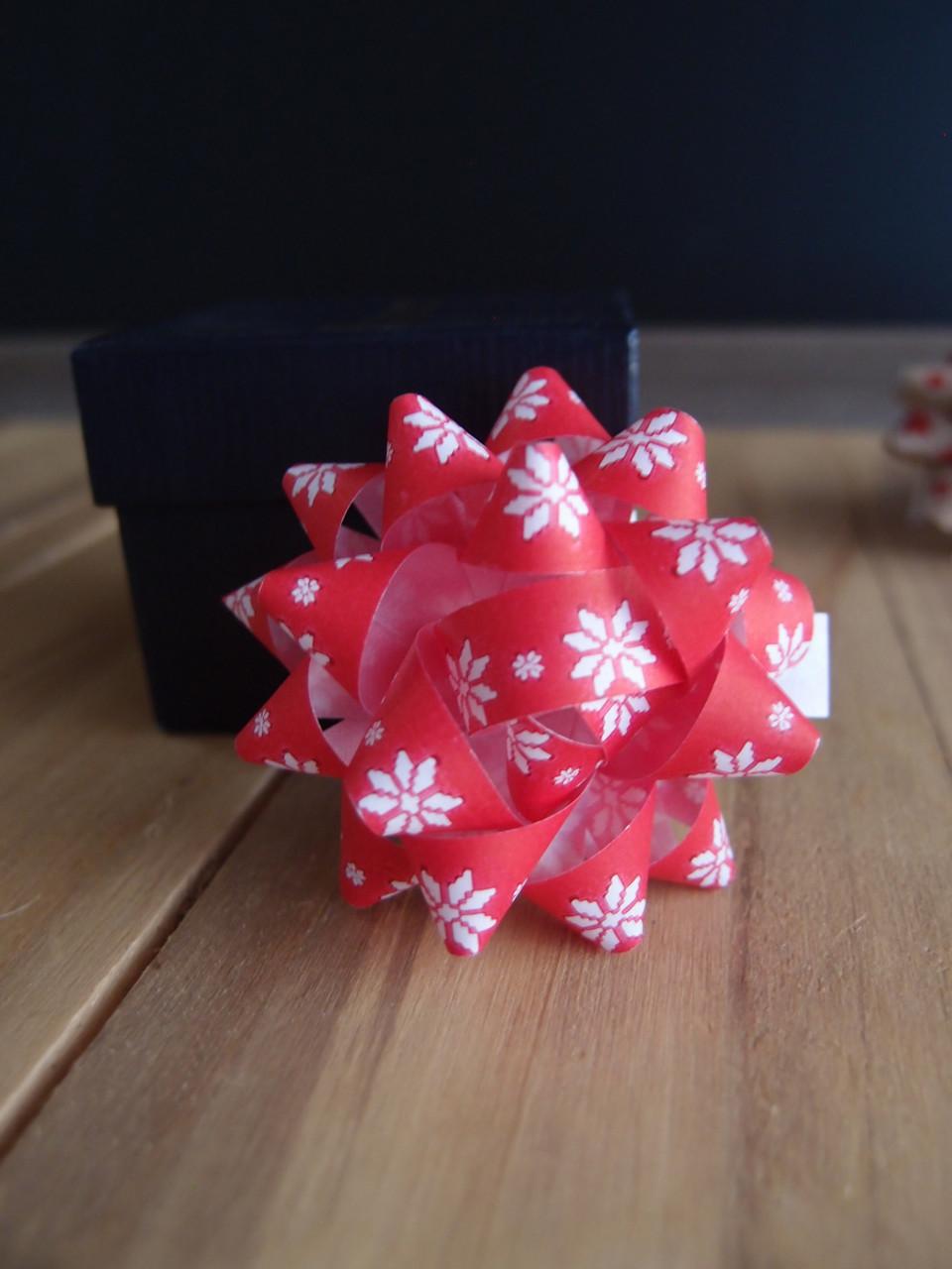 """Red & White Poinsettias 2"""" Star Bows"""
