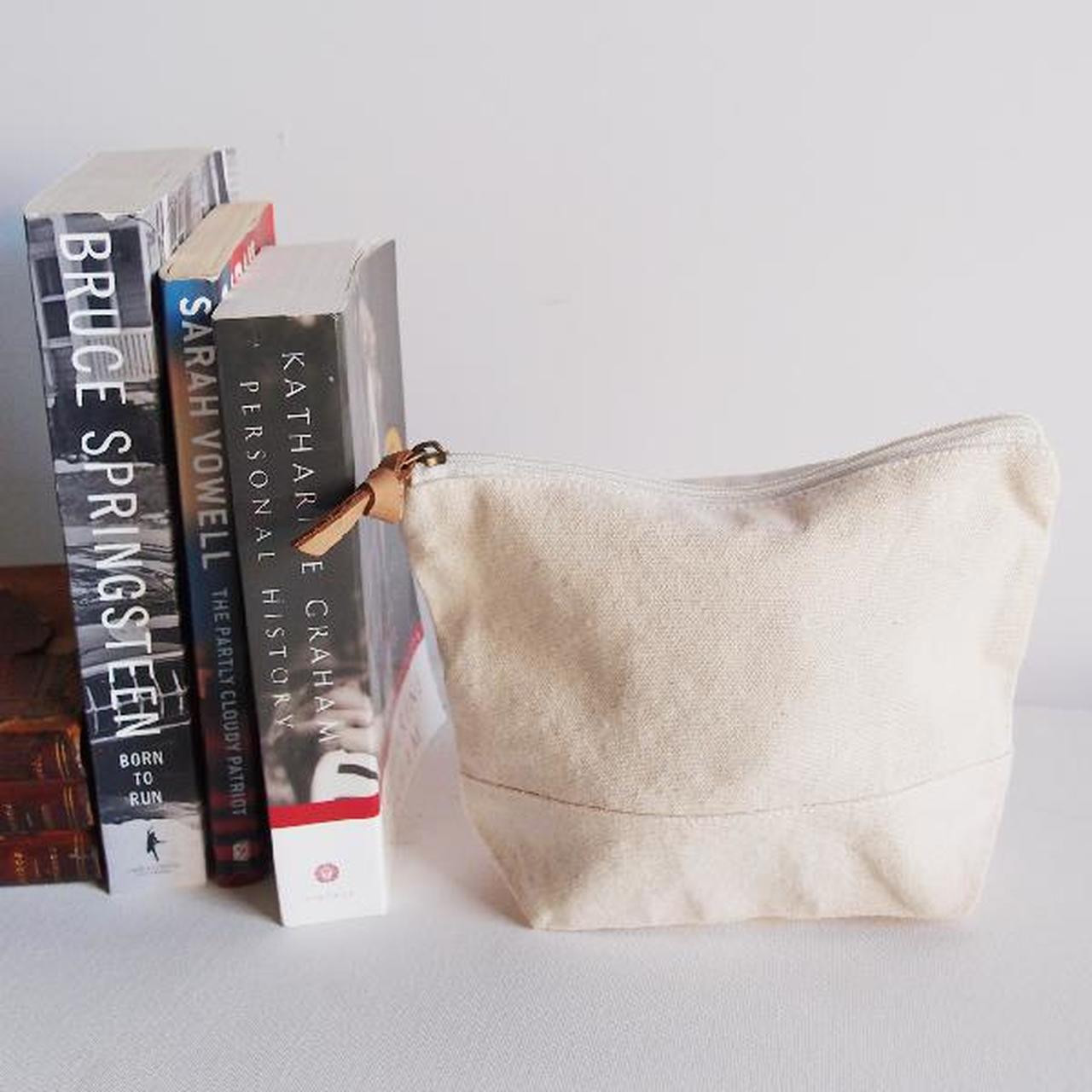 """Wholesale Zippered Pouches, Washed Canvas Zipper Pouch with Leather Puller Natural 8"""" x 6.3"""" x 2.4"""" Gusset B686-71, Cotton Zipper Pouch Supplier 
