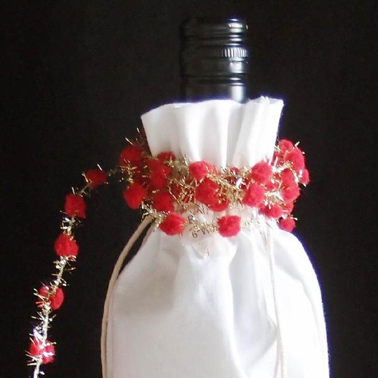 Red Wired Pom Pom with Gold Tinsel