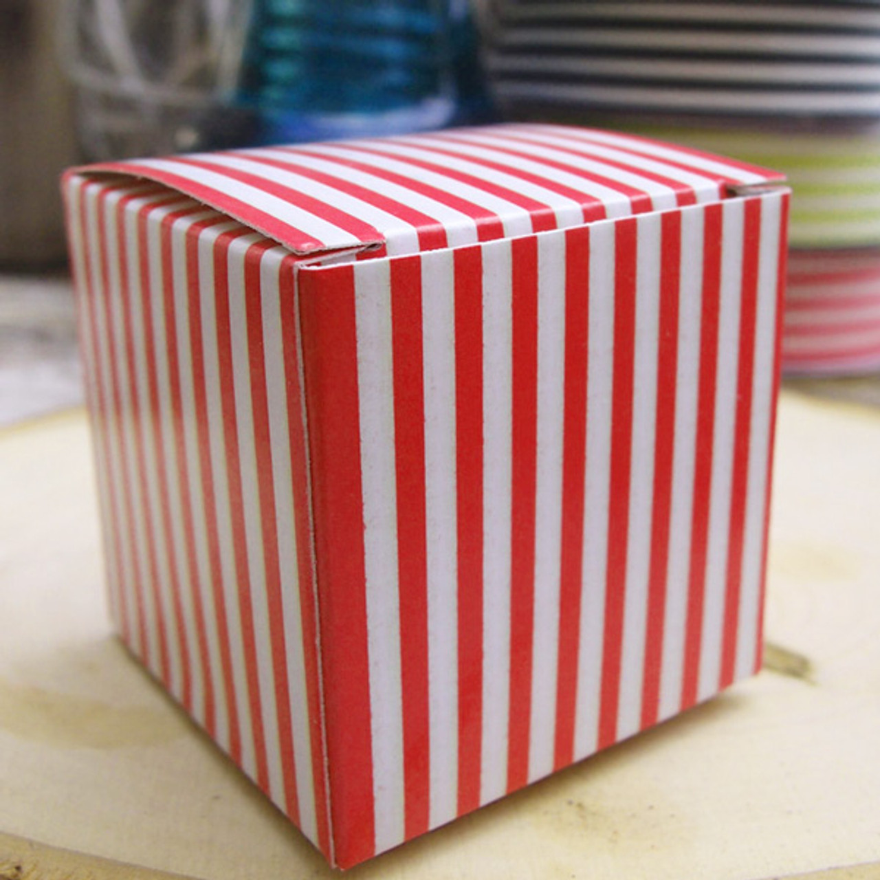 "2""x2""x2""Paper Square Box-Red Stripes"