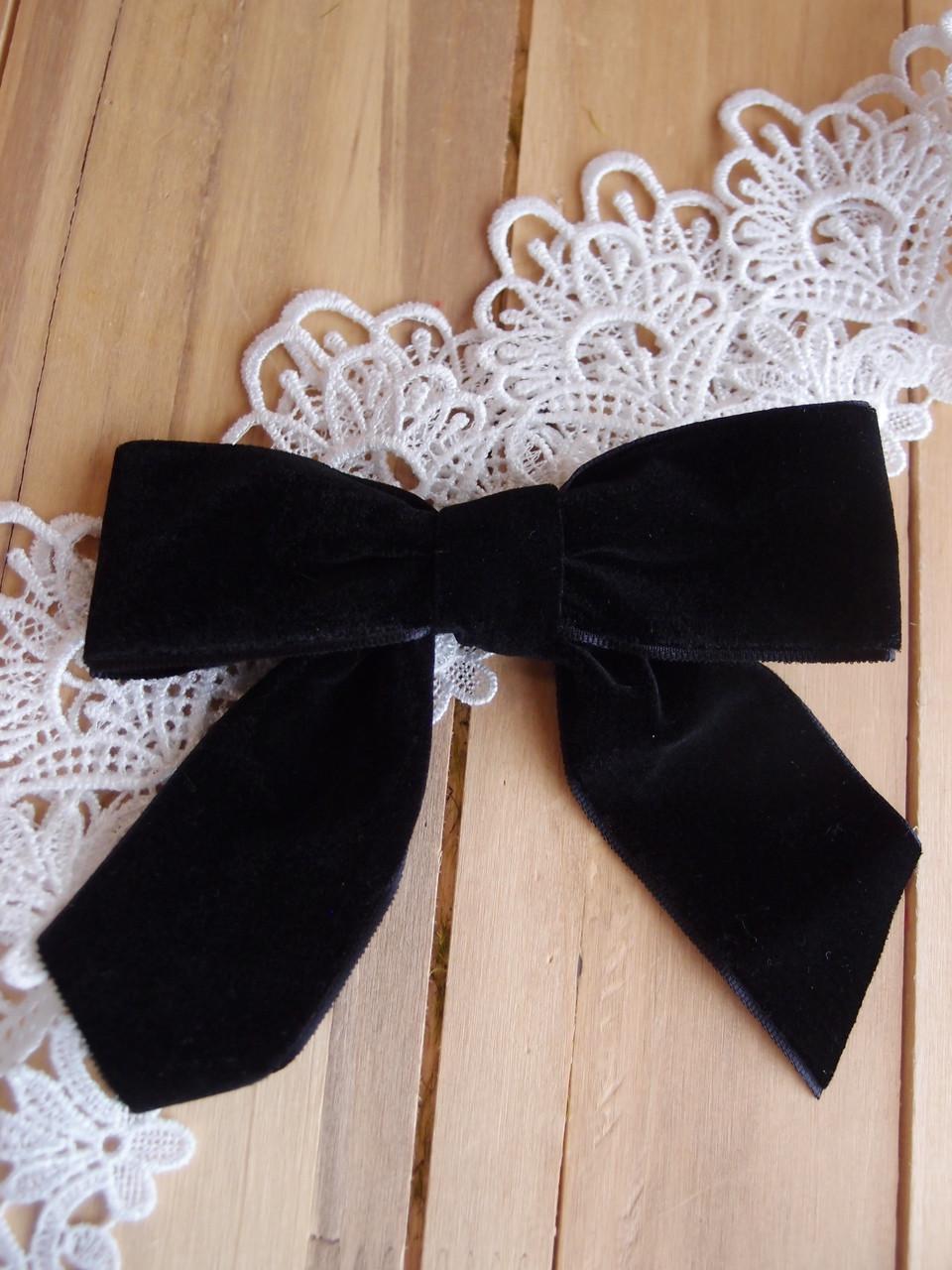 "Black 5"" Velvet Pre-tied  Bow w/Twist-tie"