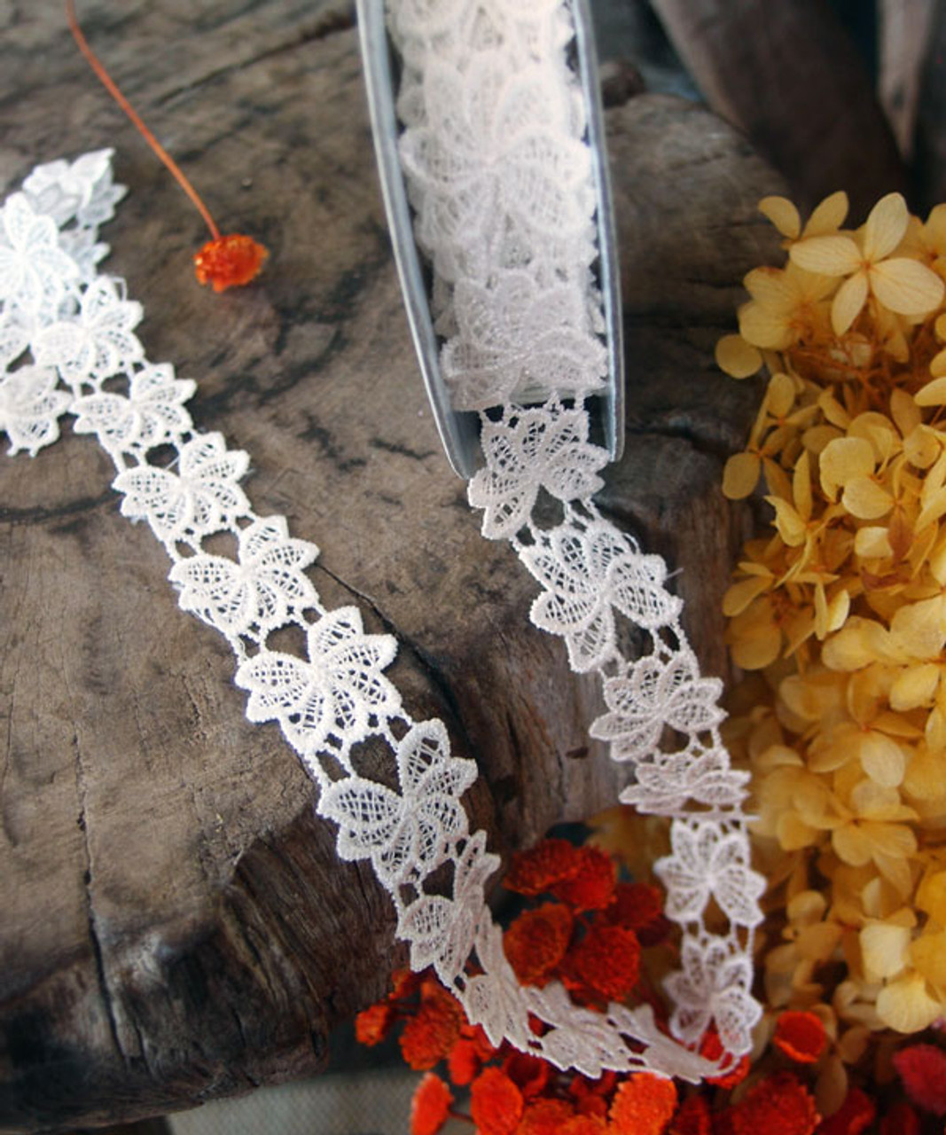 "1"" Embroidery Floral Lace Ribbon - White"