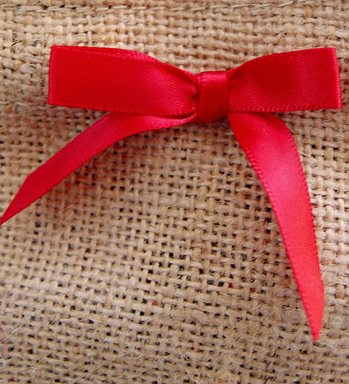 Red Satin Pre-tied Bows w/Twist-tie (4 sizes)