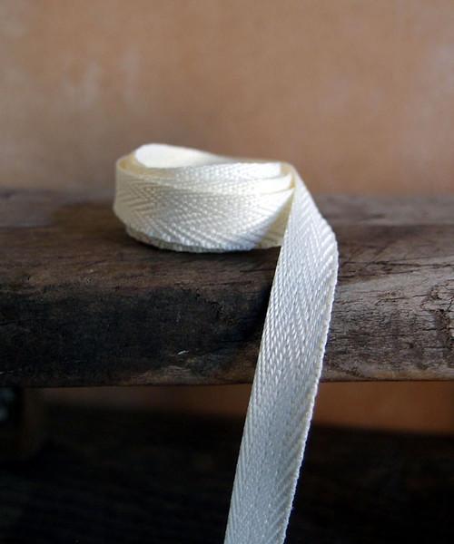 Ivory Herringbone Twill Ribbon (3 sizes)