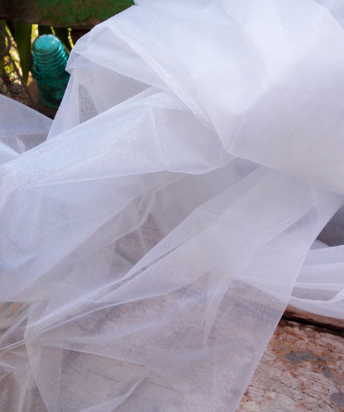 "White Two-tone Organza Sheet 54"" x 108"""