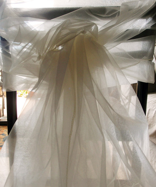 "Ivory Two-tone Organza Sheet 54"" x 108"""