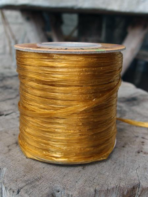 Gold Pearlized Raffia Roll