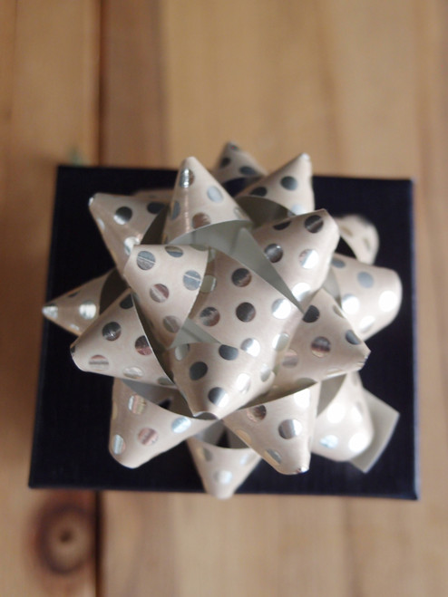 "Cream with Metallic Silver Dots 2"" Star Bows"